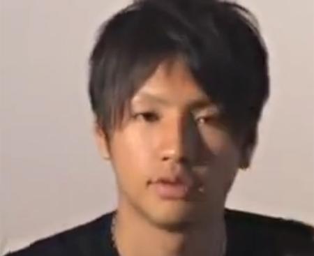 【無修正ゲイ動画 pornhub】20歳ボクサーが、かわいい顔して初めてのオナニー披露!巨根をシコってザーメン発射してる彼にノックアウトwww