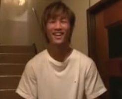 【ゲイ動画 pornhub】19歳の素人ノンケイケメンが初めてカメラの前でオナニーw