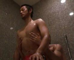 【ゲイ動画 pornhub】仲良くホテルで体を洗いっ子w手を使い口を使い、汚れたちんこも綺麗にテッカテカのカッチカチw