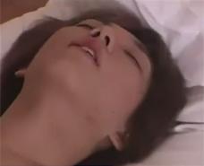 【ゲイ動画 pornhub】ケツ穴でディルドを咥え込み、手コキされあえなく昇天。イク寸前の喘ぎのエロさがヤバい・・・w
