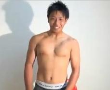 【ゲイ動画】ノンケの童貞君が登場!初めての男の手コキに戸惑いつつも、大量に発射し困惑した笑顔www