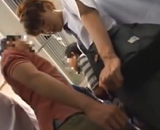 【ゲイ動画】電車でおじさんに痴漢され断れないジャニ系美少年の反応に調子に乗り乗客にバレ無い様にレイプを決行するマジキチ・・