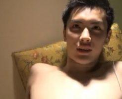 【ゲイ動画 pornhub】19歳の素人ノンケイケメンをオナホで扱きまくって潮吹きさせるw