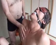 【ゲイ動画 pornhub】父と子の許されぬ愛。禁断の行為にはまる二人はどんどんエスカレート・・・